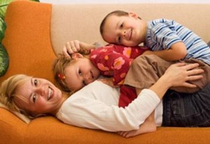 mother-and-children-mediation